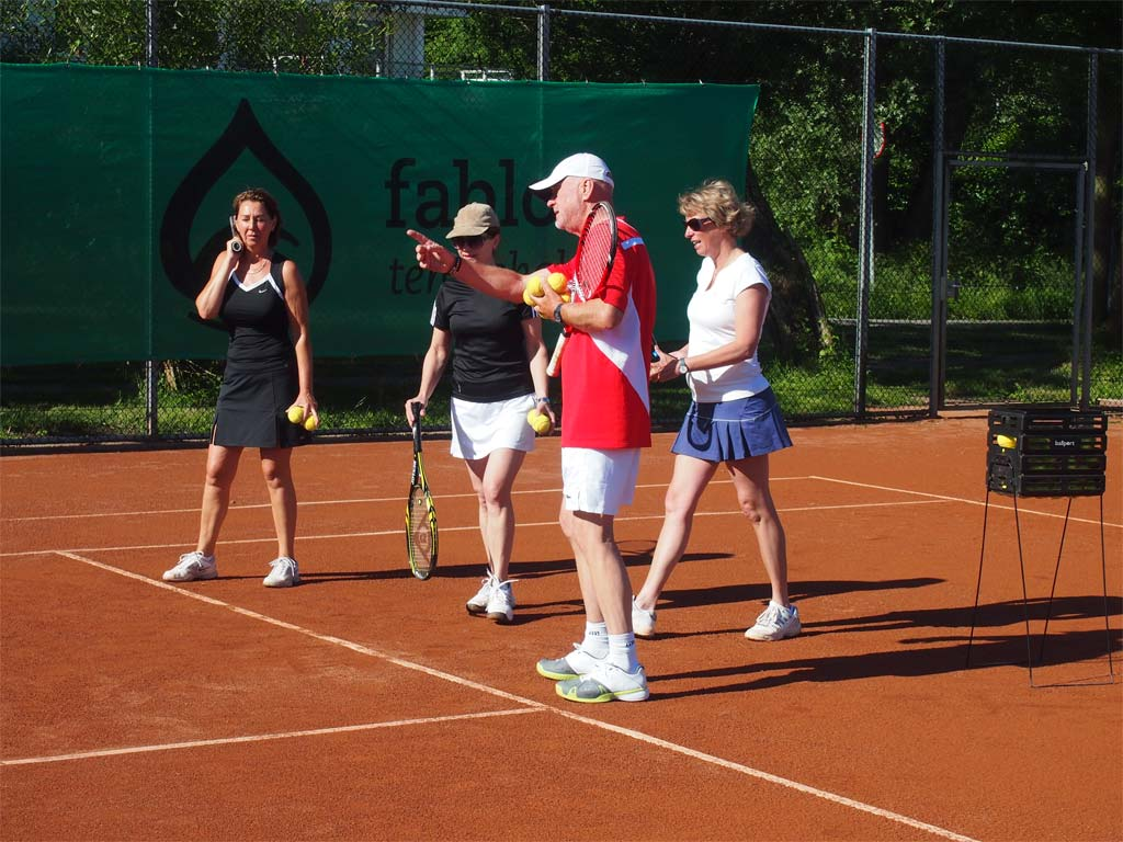 Allround tennis den hoorn